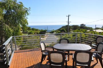 Holiday Apartments Perth   Peppermint Grove Beach Accommodation